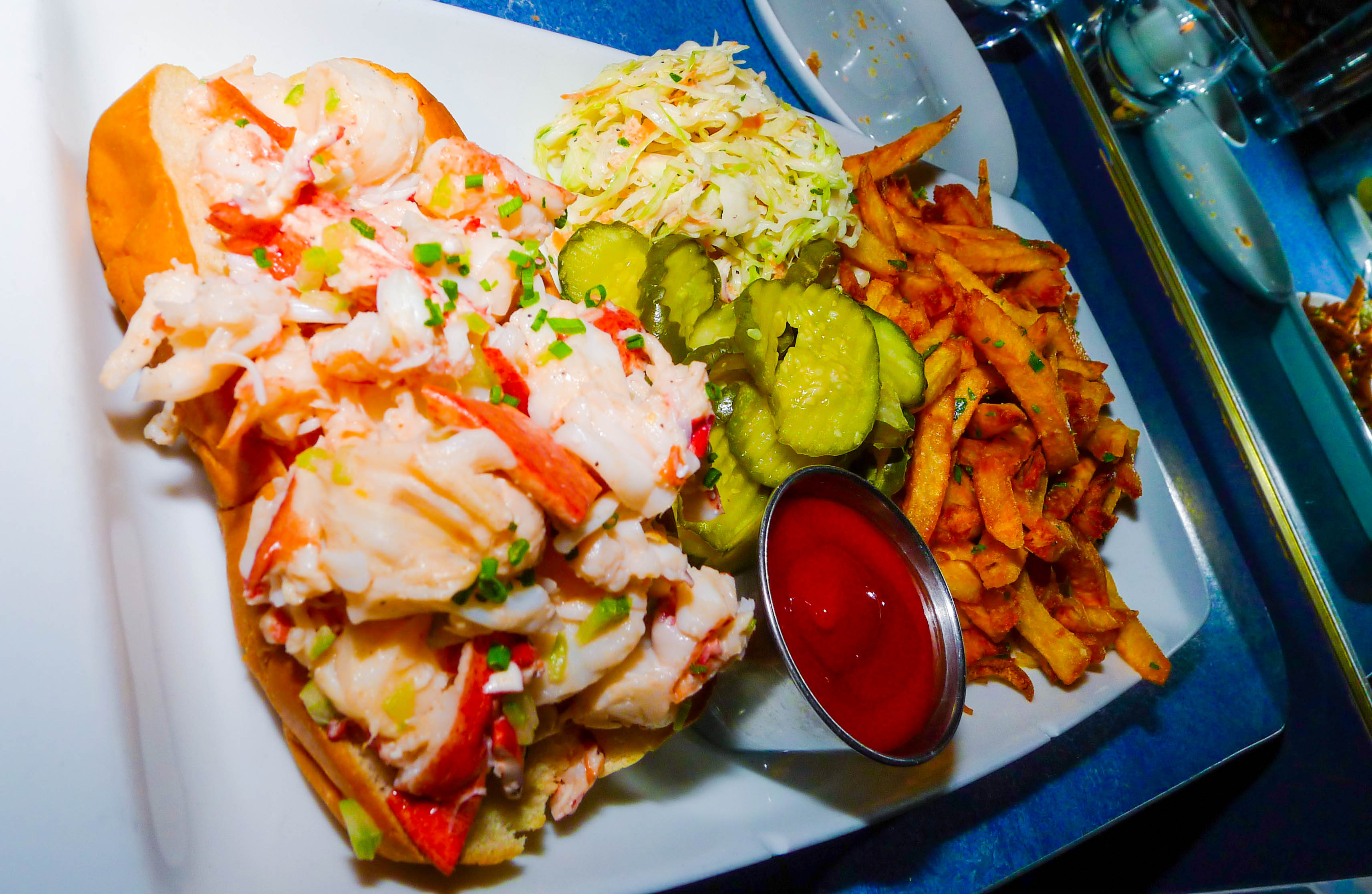 Lobster Roll Bg Oysters South End Boston Ma Night | Lobster House